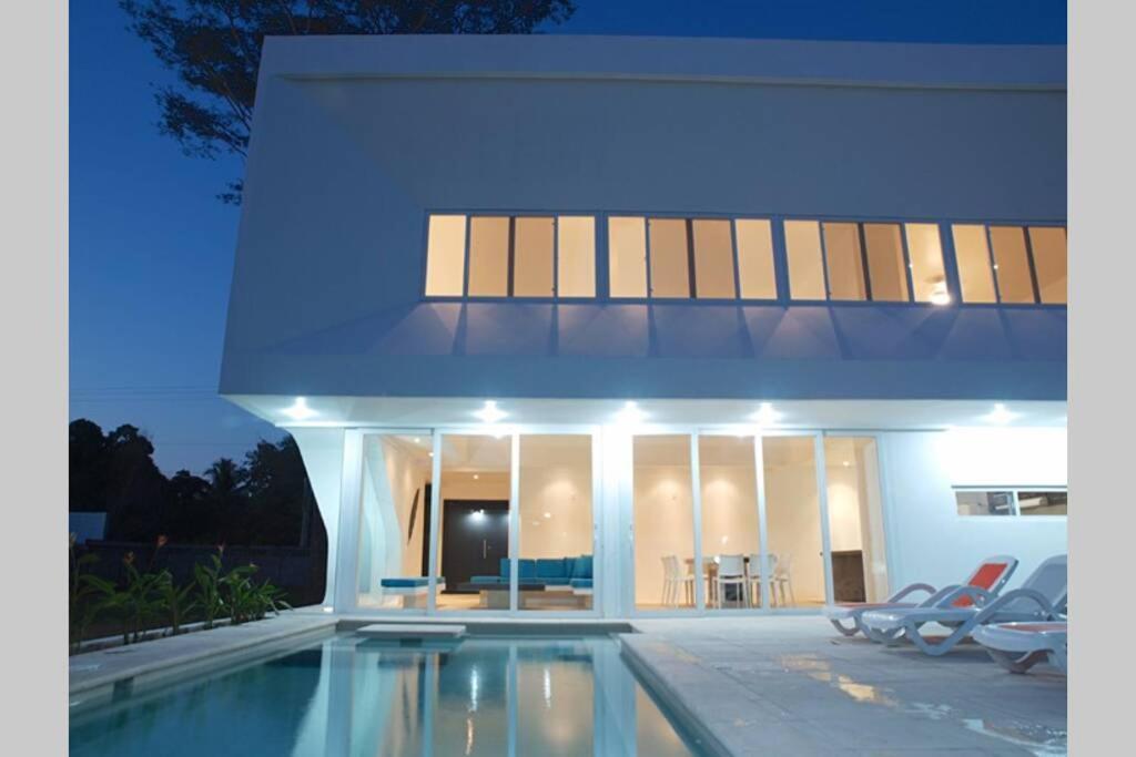 Beach House In Costa Del Sol E S