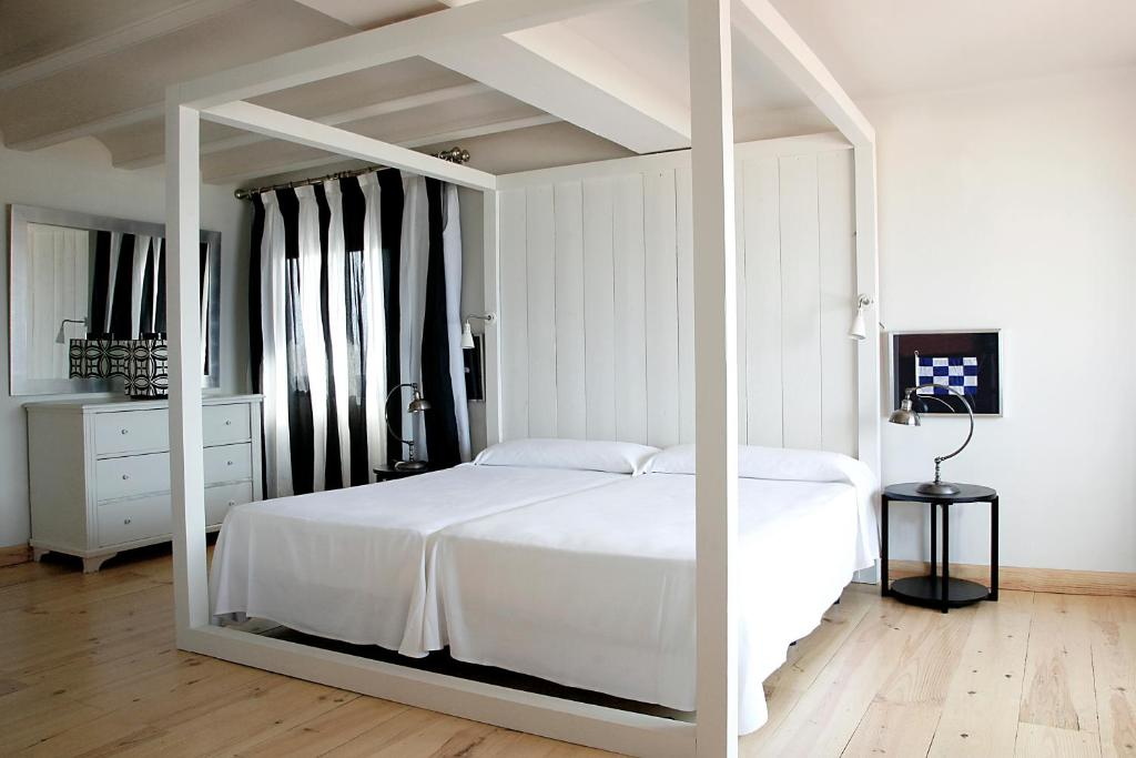 boutique hotels in palamós  55