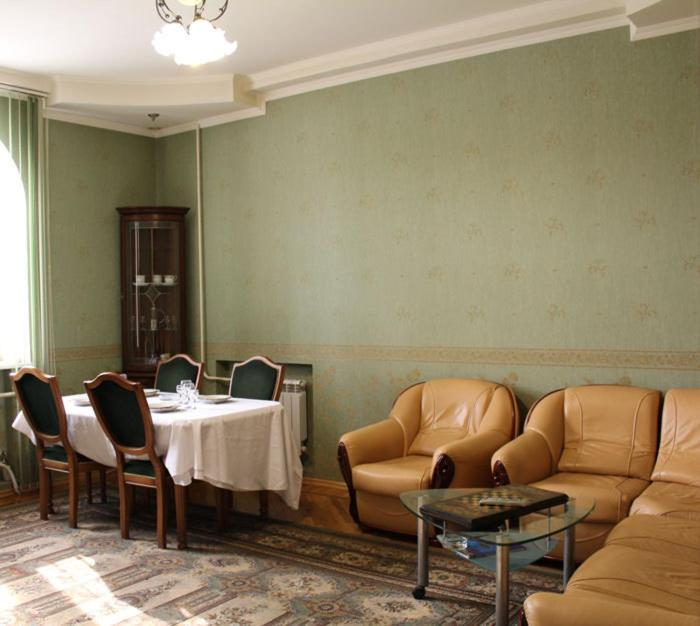 A seating area at Lesnaya Dacha