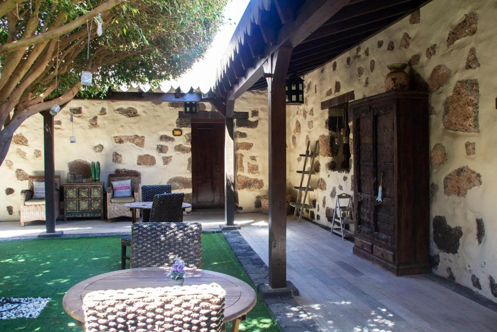 boutique hotels in la oliva  7