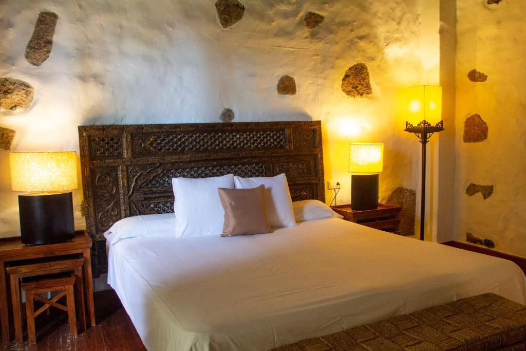 boutique hotels in la oliva  20