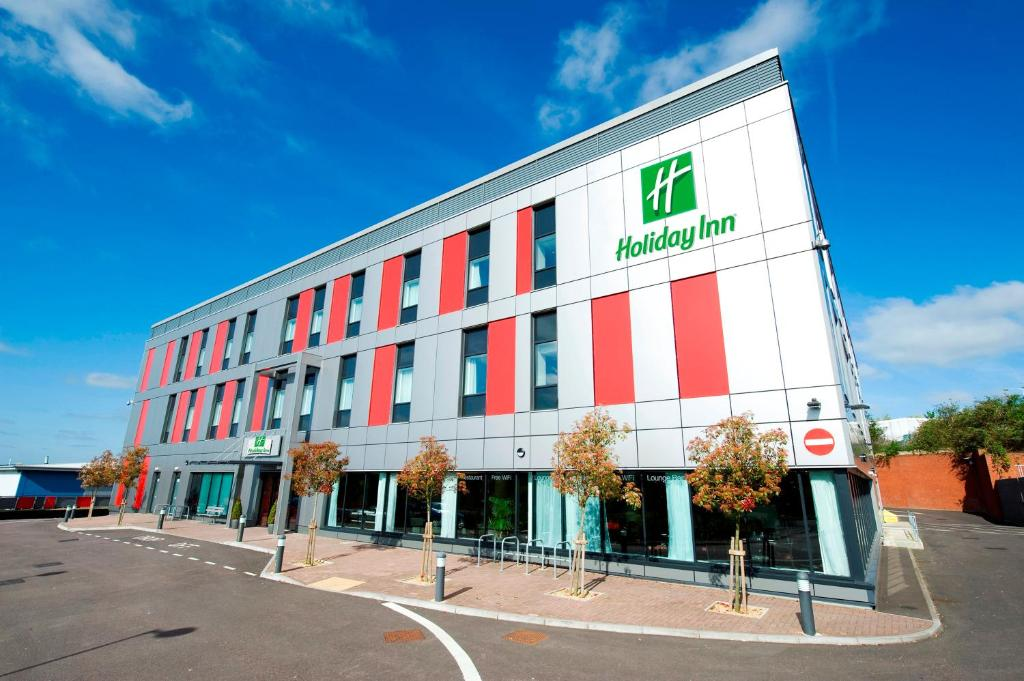 Holiday Inn London Luton Airport in Luton, Bedfordshire, England