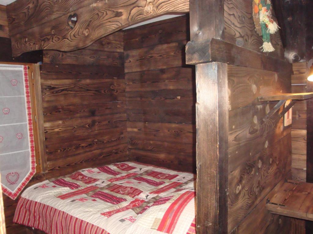 Chambres d'Hôtes Chalet de la Source
