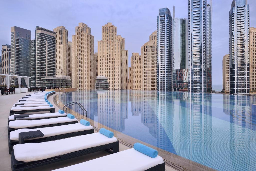 Address Dubai Marina Rooftop Pool | Dubai Marina | The Vacation Builder