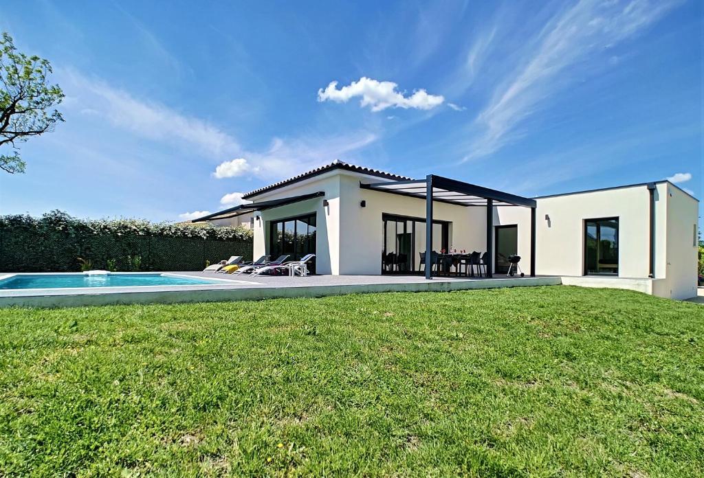 Villa Maison Contemporaine Neuve De Plain Pied A Cabannes France