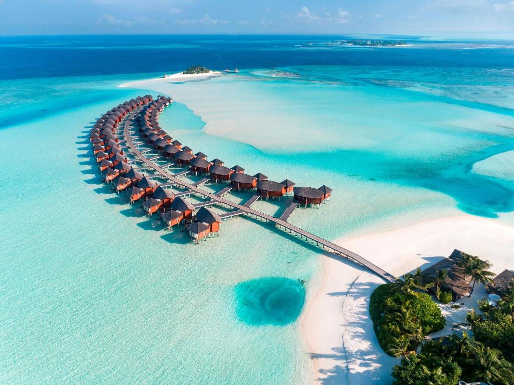 Anantara Dhigu Maldives Resort, Gulhi, Maldives - Booking.com