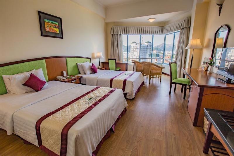 Room #25733123