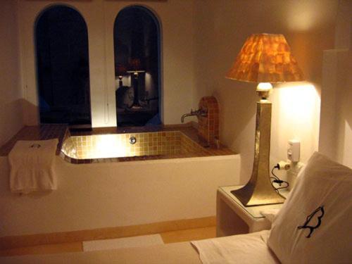 boutique hotels agua amarga  46