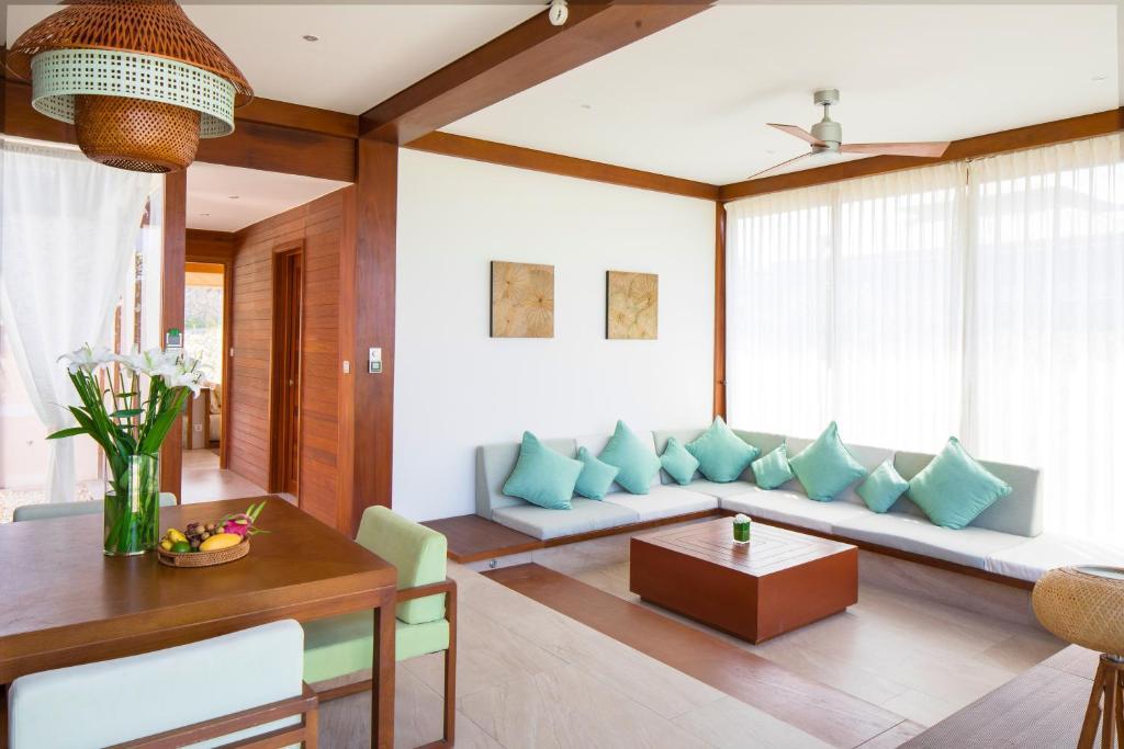 Ưu Đãi Du Lịch Tại Chỗ - Biệt Thự 2 Phòng Ngủ Có Hồ Bơi (Bao Trọn Gói Spa)