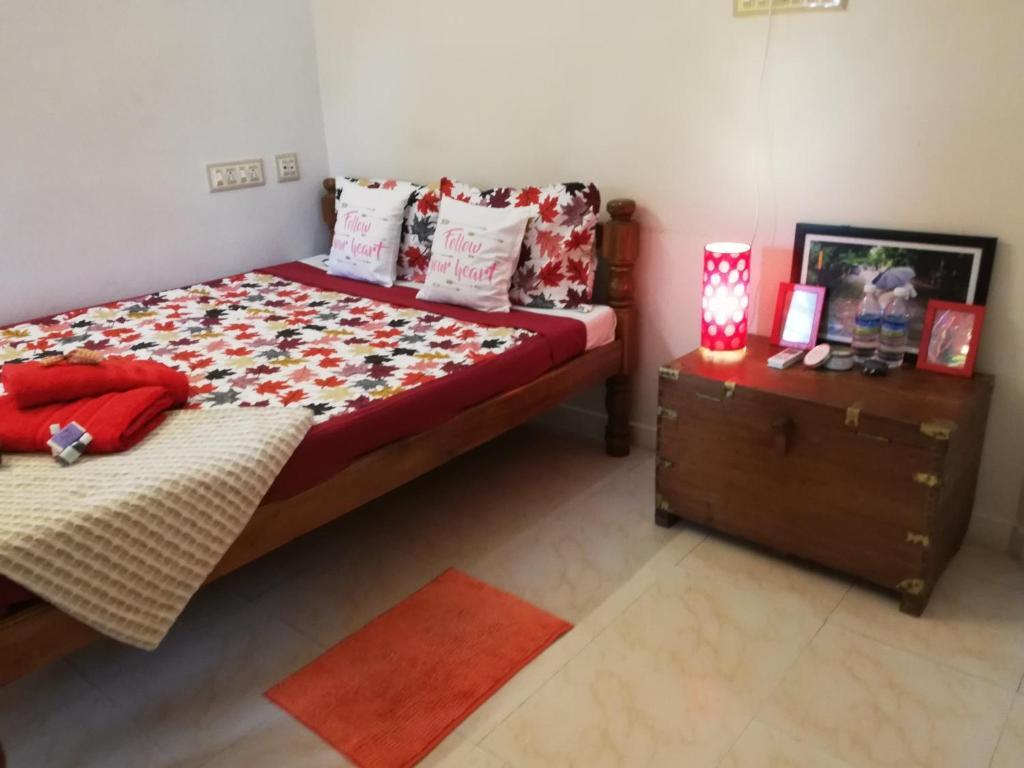 A bed or beds in a room at Villa Meena
