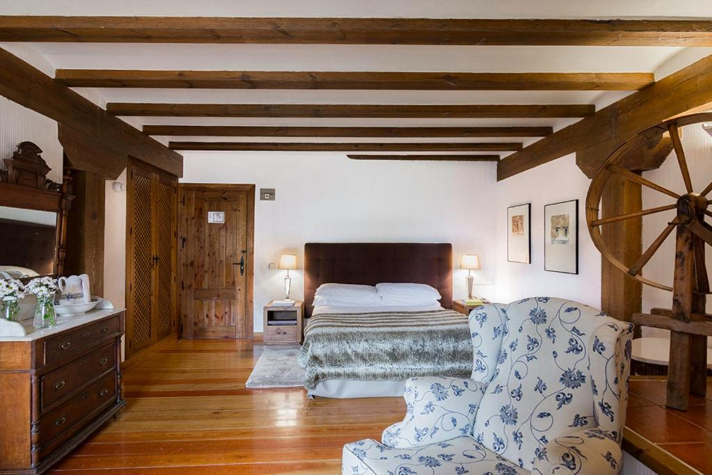 boutique hotels in sigüenza  5
