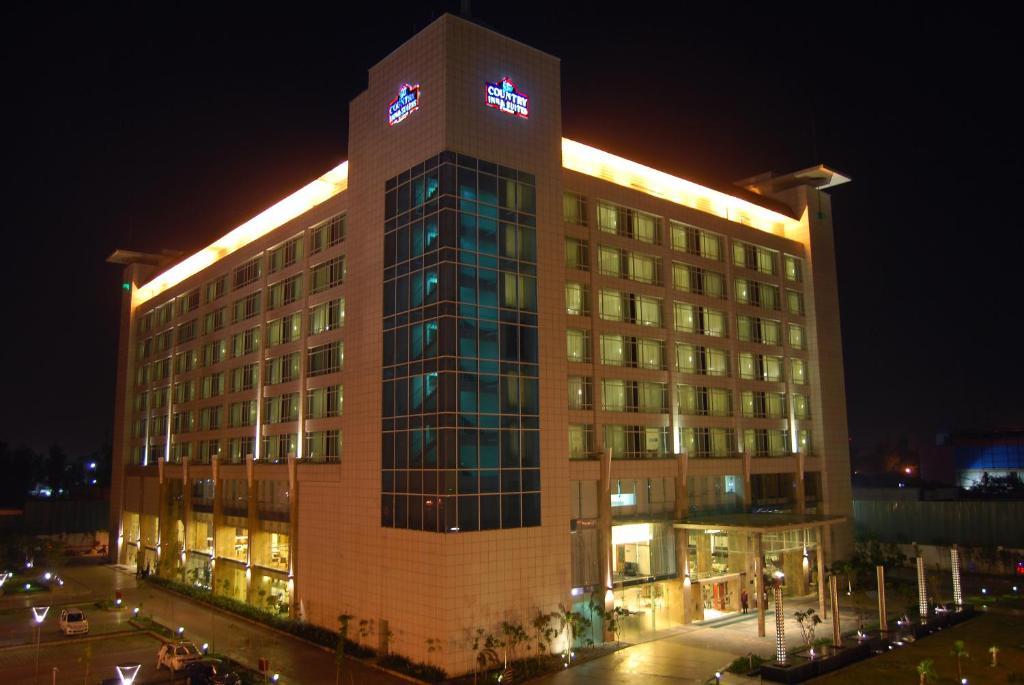 هتل کانتری این دهلی