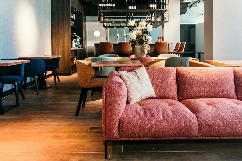 Lounge oder Bar in der Unterkunft Amsterdam Beach Hotel