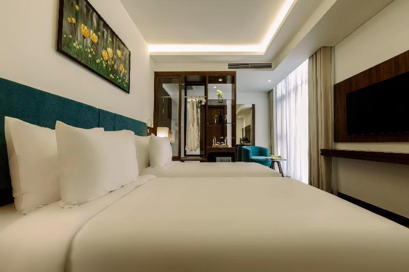 Room #546258735