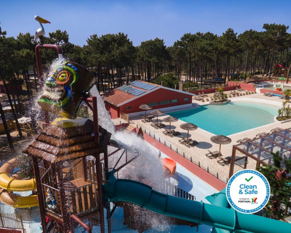 A view of the pool at Ohai Nazaré Outdoor Resort or nearby