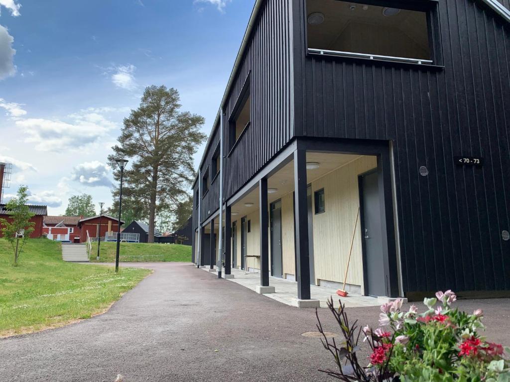 Hemtrevlig stuga nra Siljan i Leksand. - Cabins for Rent in