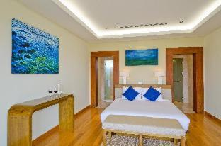 Room #33348057