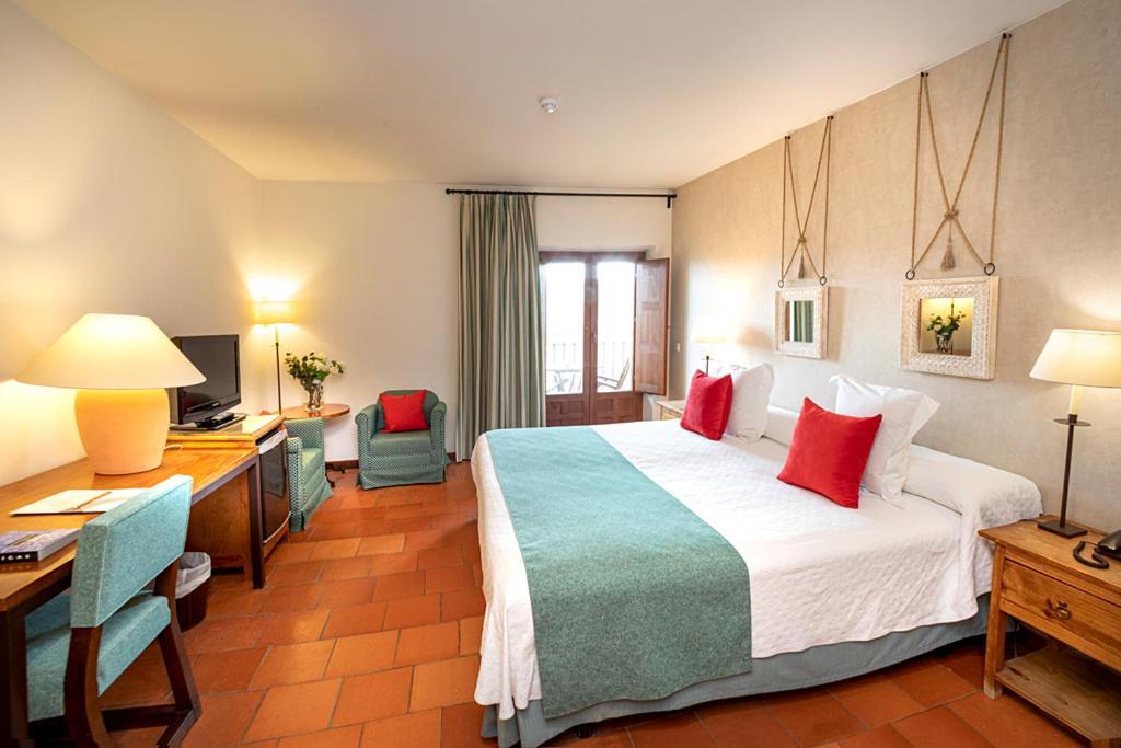 hoteles con encanto en segovia  36