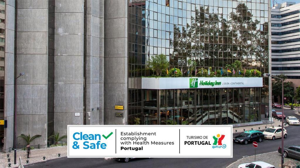 Um certificado, prêmio, placa ou outro documento exibido em Holiday Inn Lisbon-Continental