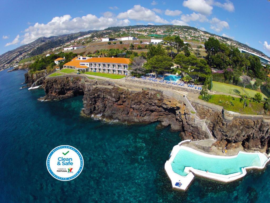 A bird's-eye view of Albatroz Beach & Yacht Club