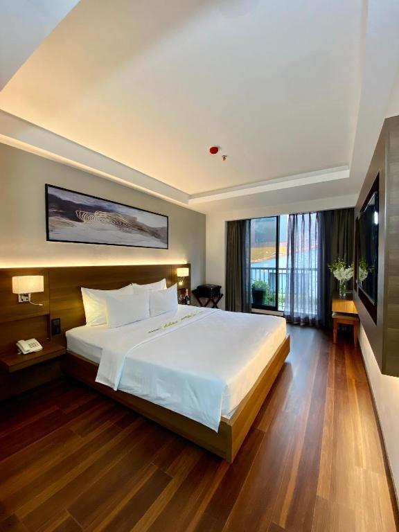 Khách sạn Hồng Vy 1