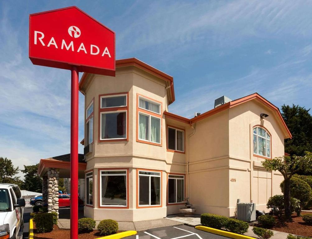 Ramada by Wyndham SeaTac Airport North.