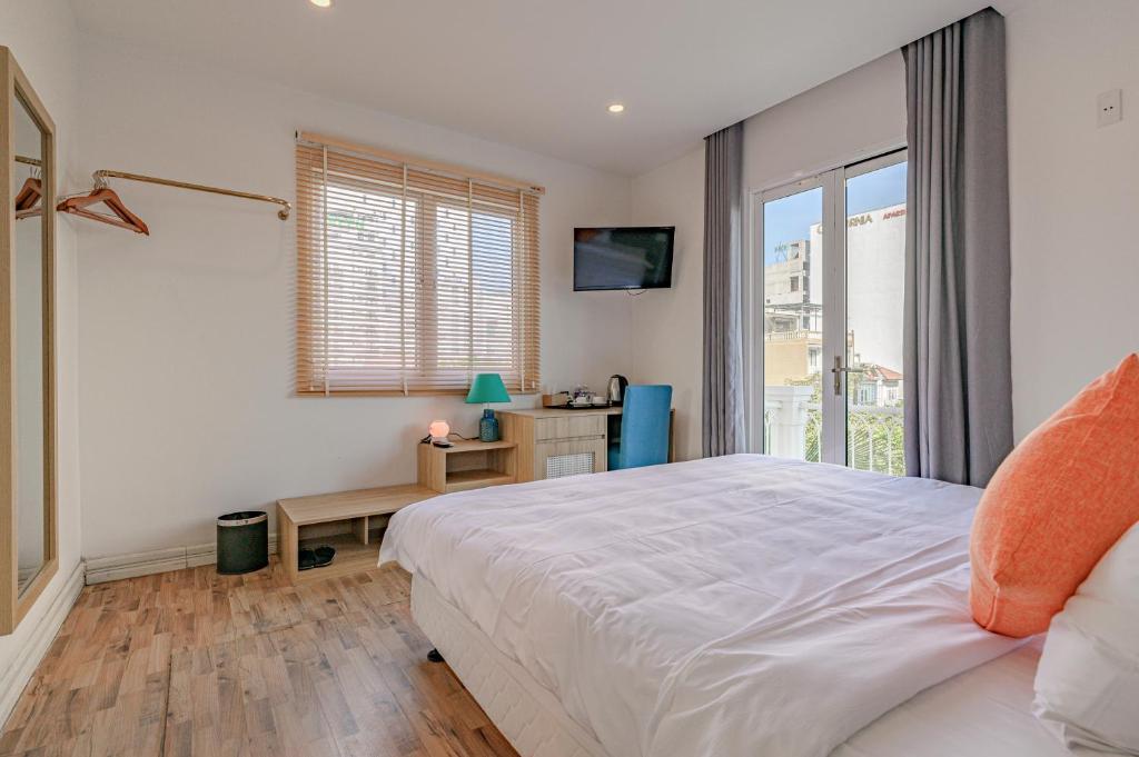 Phòng Deluxe Có Giường Cỡ King Và Ban Công