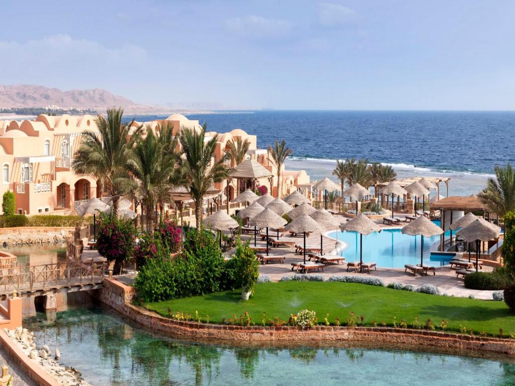 A view of the pool at Radisson Blu Resort El Quseir or nearby