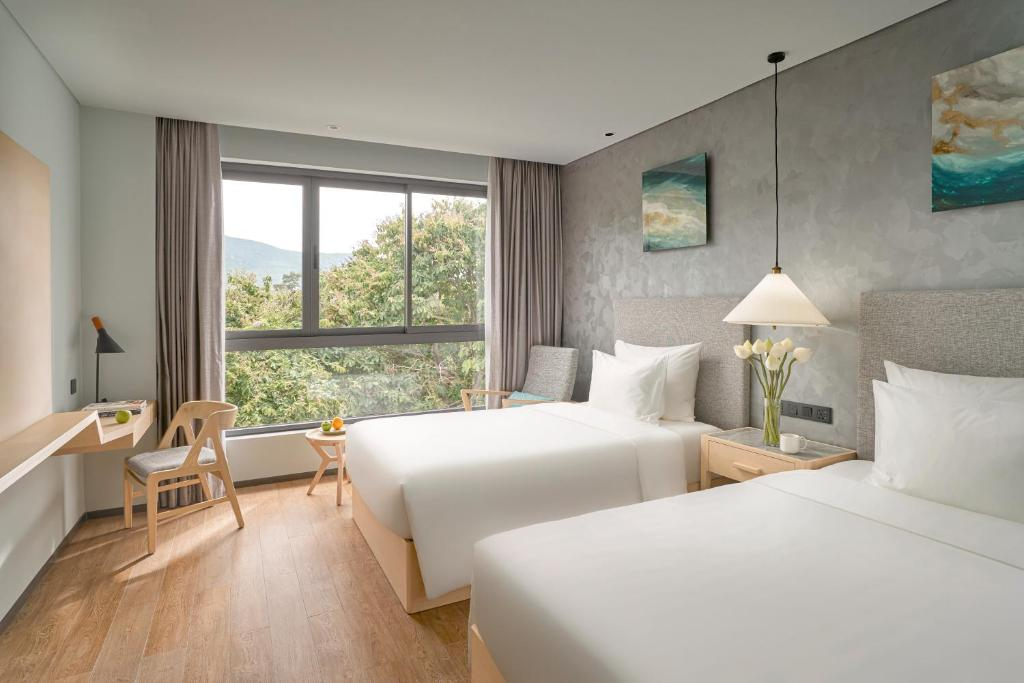 Phòng Deluxe 2 Giường Đơn Nhìn Ra Thành Phố