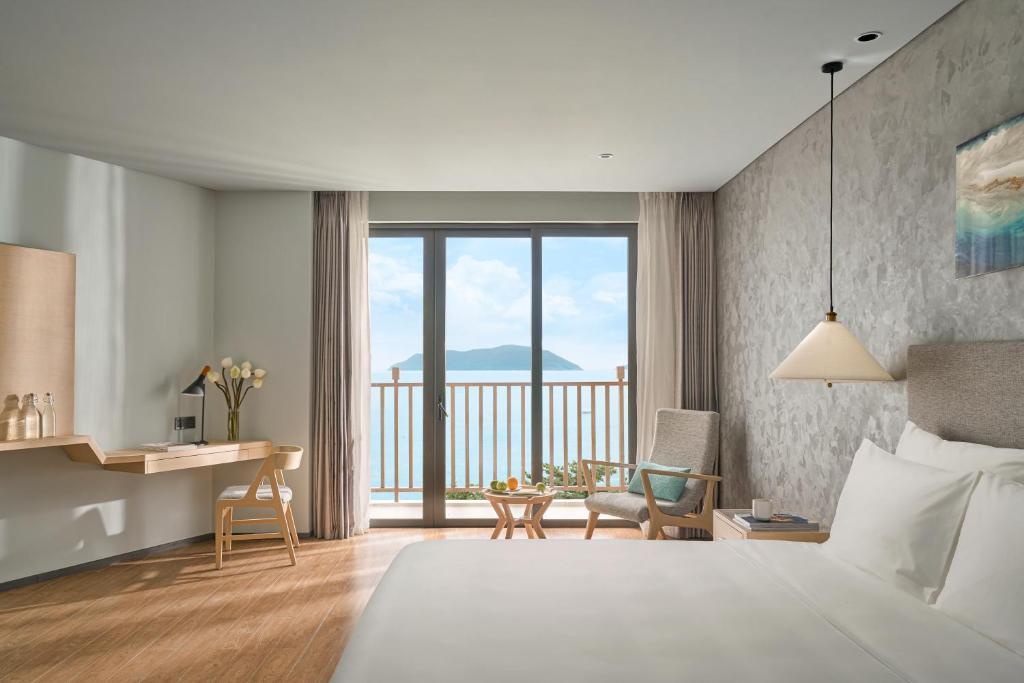 Phòng Premium Giường Đôi có Ban công và Tầm nhìn ra Biển