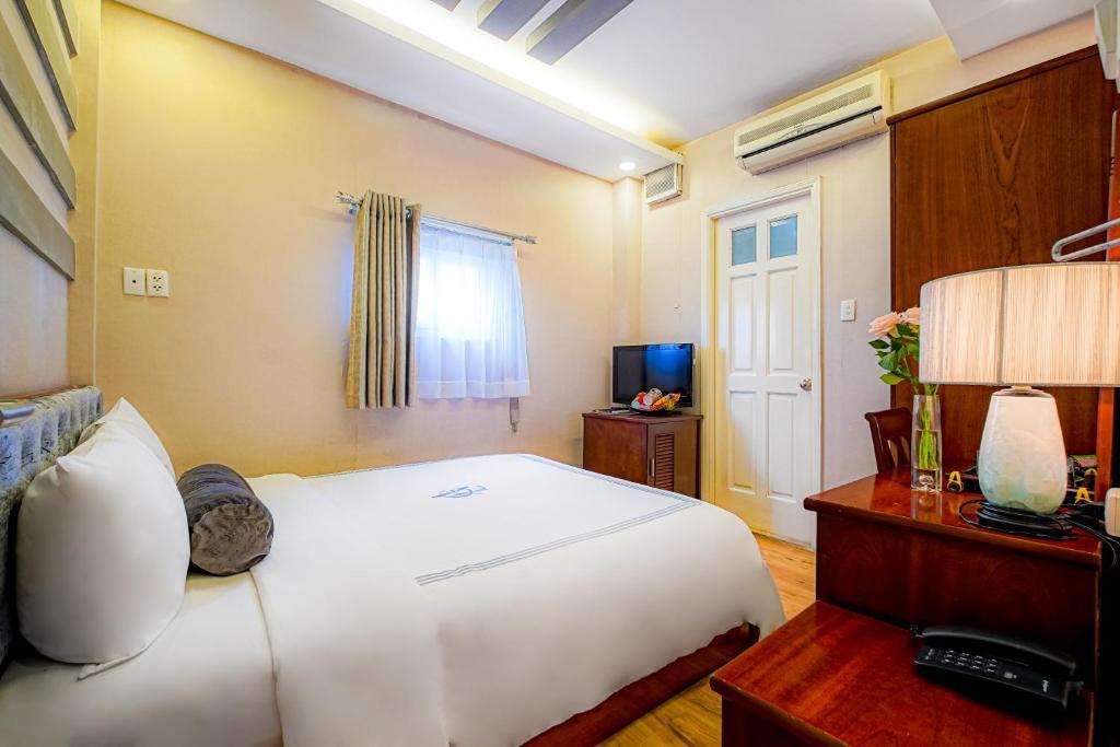 Ưu Đãi Sử Dụng Trong Ngày (4 Giờ) - Lưu trú trong cùng ngày - Phụ phí áp dụng cho khách nghỉ qua đêm