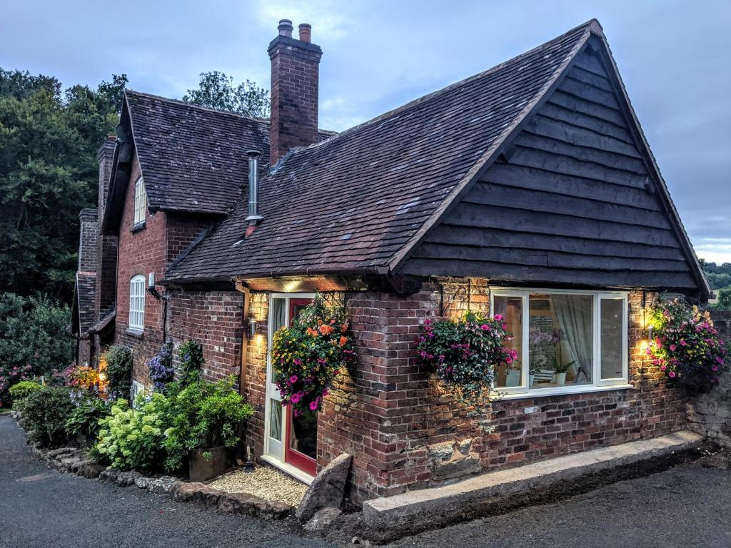 Worralls Grove Farm House Bed & Breakfast in Bewdley, Worcestershire, England