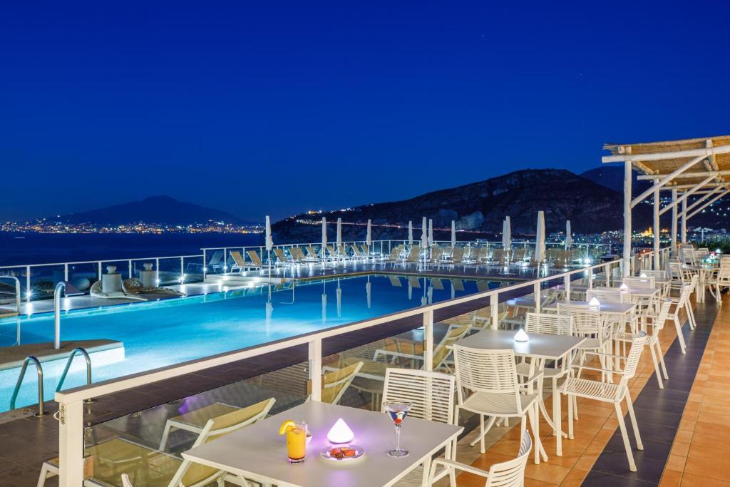 Piscina di Art Hotel Gran Paradiso o nelle vicinanze