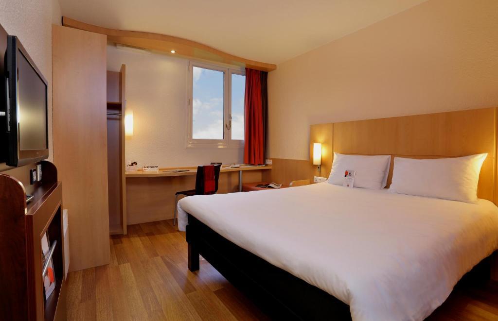 Enjoyable Hotel Ibis Le Mans Est Pontlieue France Booking Com Pdpeps Interior Chair Design Pdpepsorg