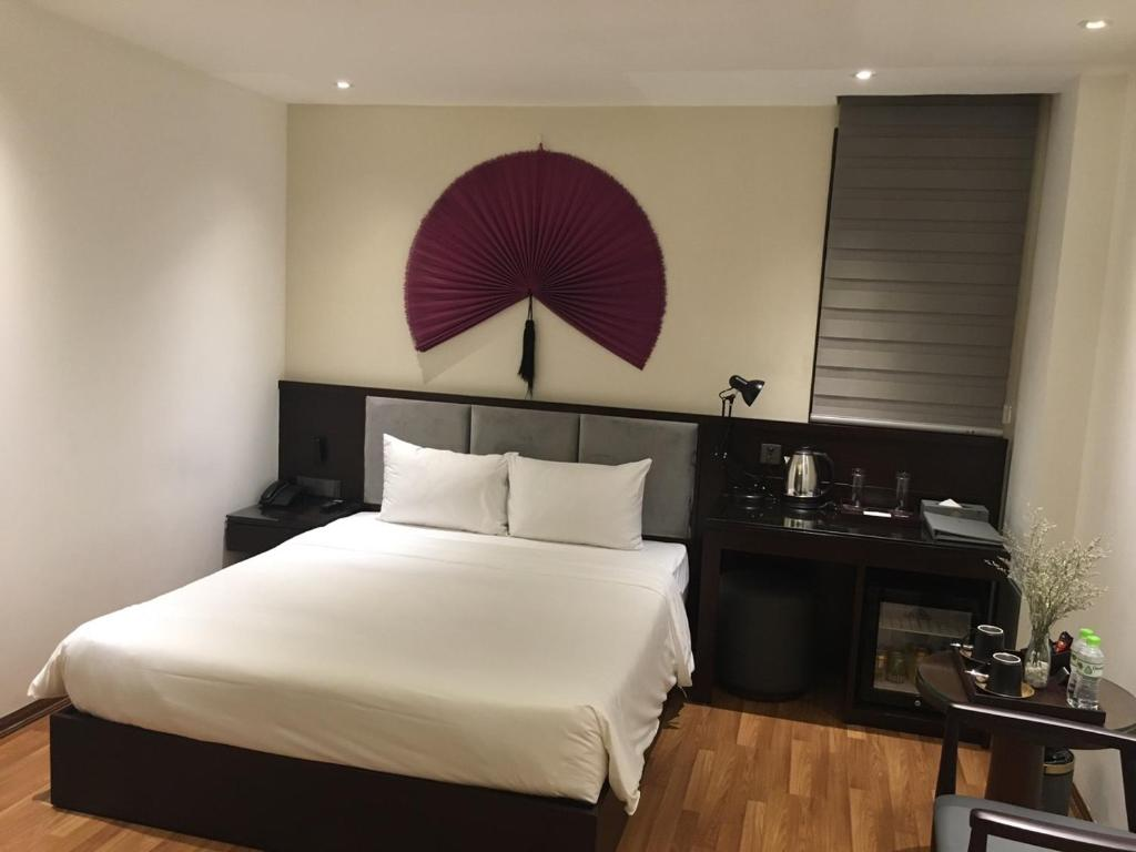 Sử Dụng Trong Ngày (3 Giờ) - Phòng Deluxe Giường Đôi