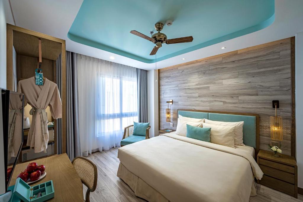 Phòng Premium Giường Đôi (Nhìn Ra Bên Ngoài)