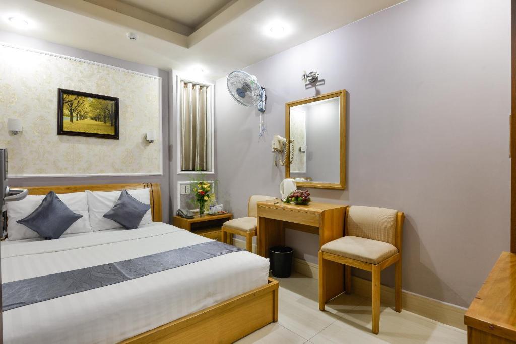 Lucky Star Hotel 146 Nguyen Trai