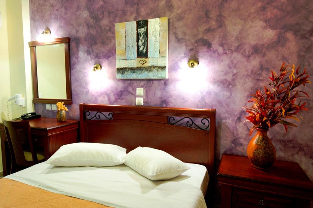 Lova arba lovos apgyvendinimo įstaigoje Pergamos Hotel