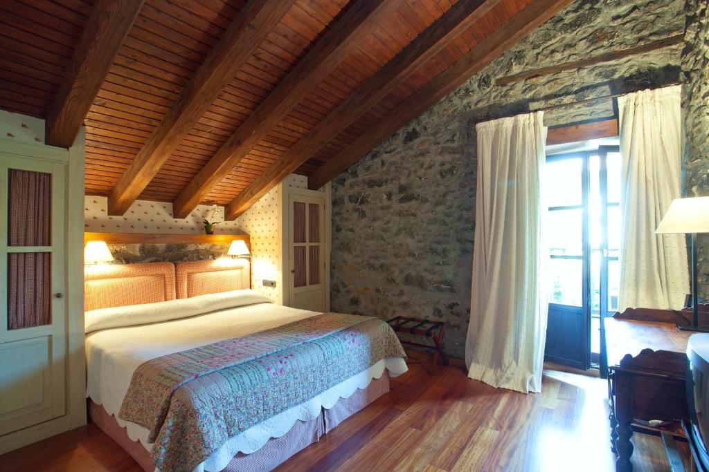 boutique hotels in etxebarria  5