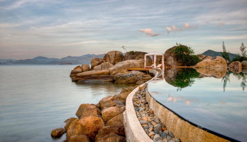 resort huong bien khu nghi duong L'Alya Ninh Vân Bay