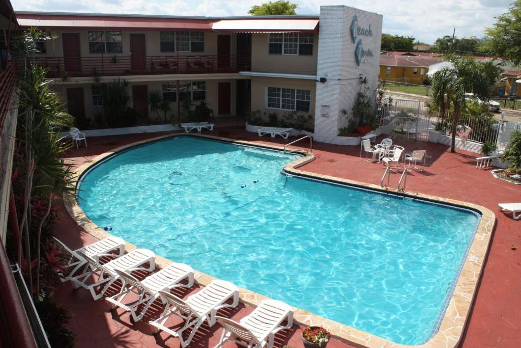 A view of the pool at Beach and Town Motel or nearby