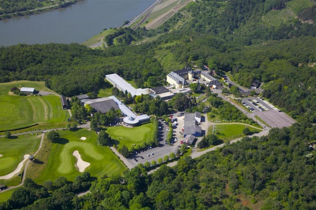 Een luchtfoto van Jakobsberg Hotel- & Golfresort