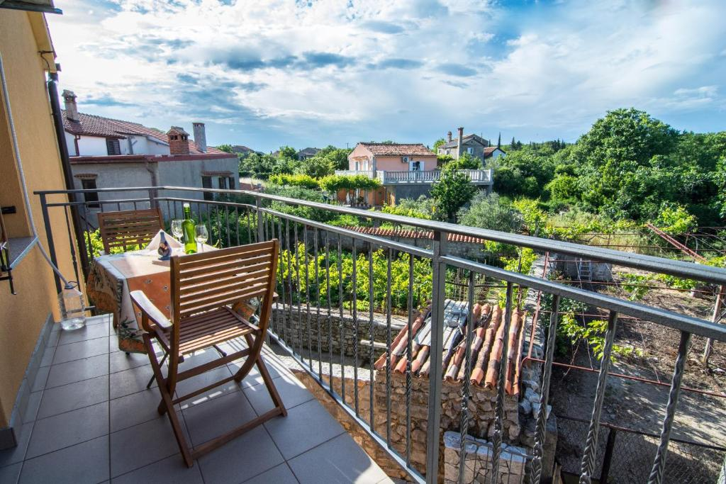 A balcony or terrace at Holiday Home Dubi
