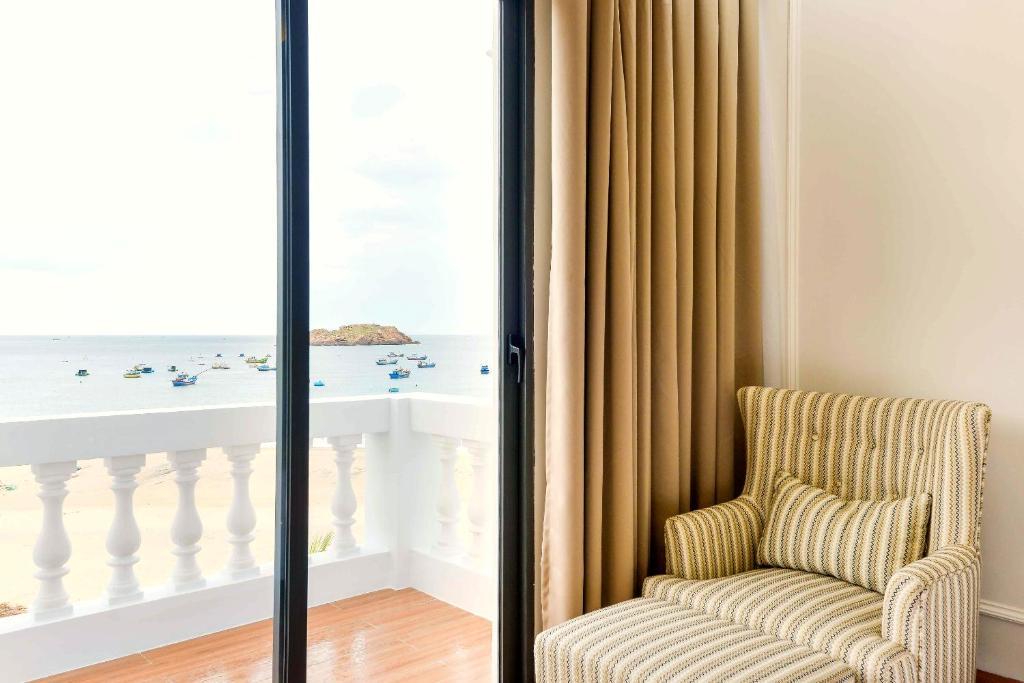 Phòng Grand Deluxe Giường Đôi Nhìn Ra Biển