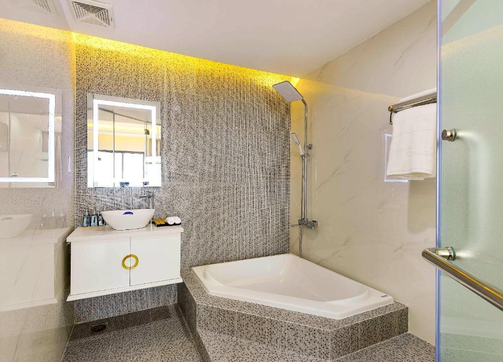 Phòng Grand Deluxe 2 Giường Đơn Nhìn ra Biển
