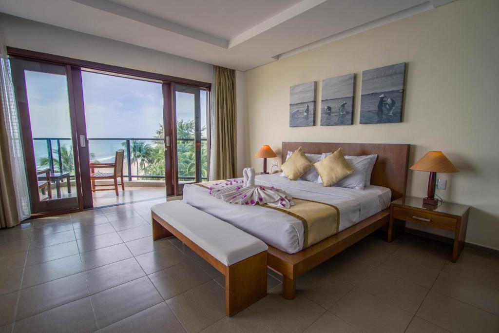 Suite - Nhìn Ra Biển