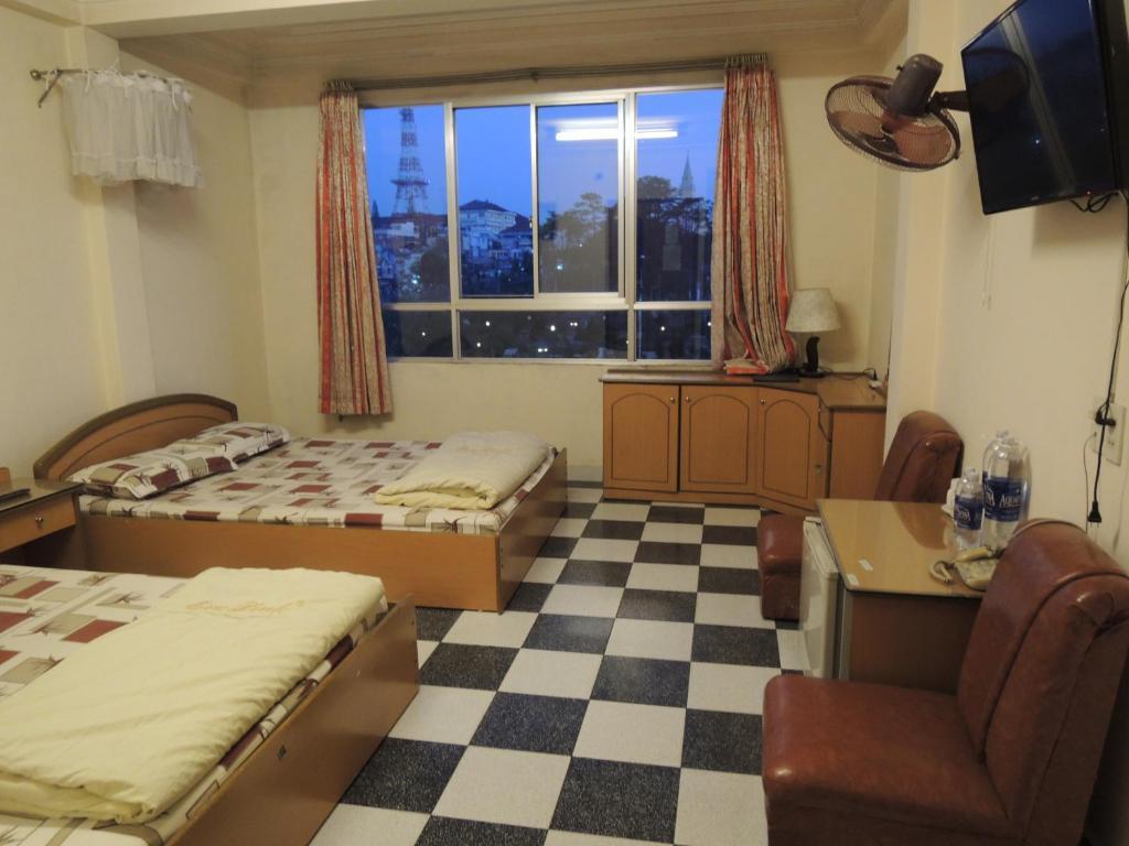 Phòng 4 Người