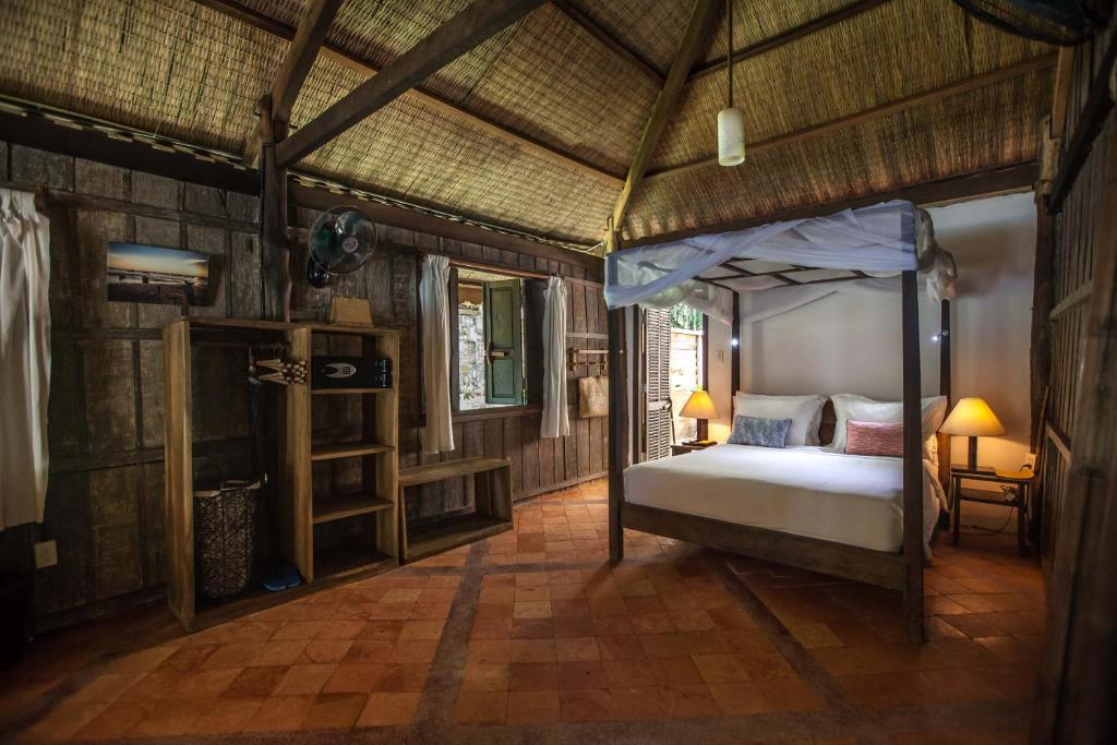 Bungalow Deluxe Nhìn ra Biển - Reef House
