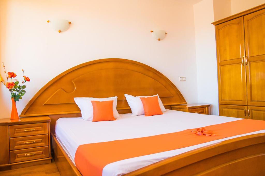 Легло или легла в стая в Семеен хотел Елеганс