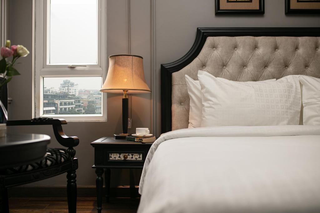 Phòng Deluxe Giường Đôi Có Cửa Sổ